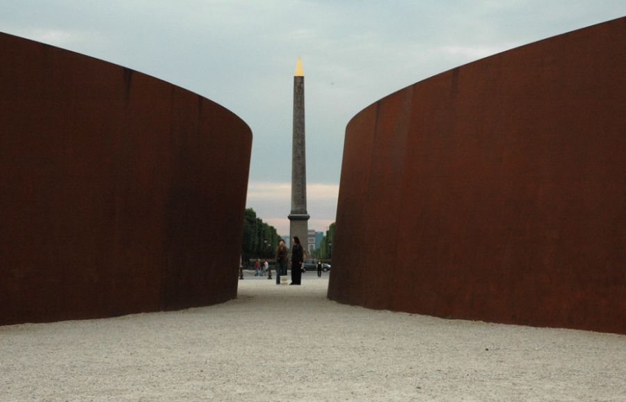 Richard Serra Obras Tuileires and Obalisque