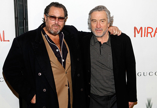 5 Julian-Schnabel-and-Robert-De-Niro-Miral
