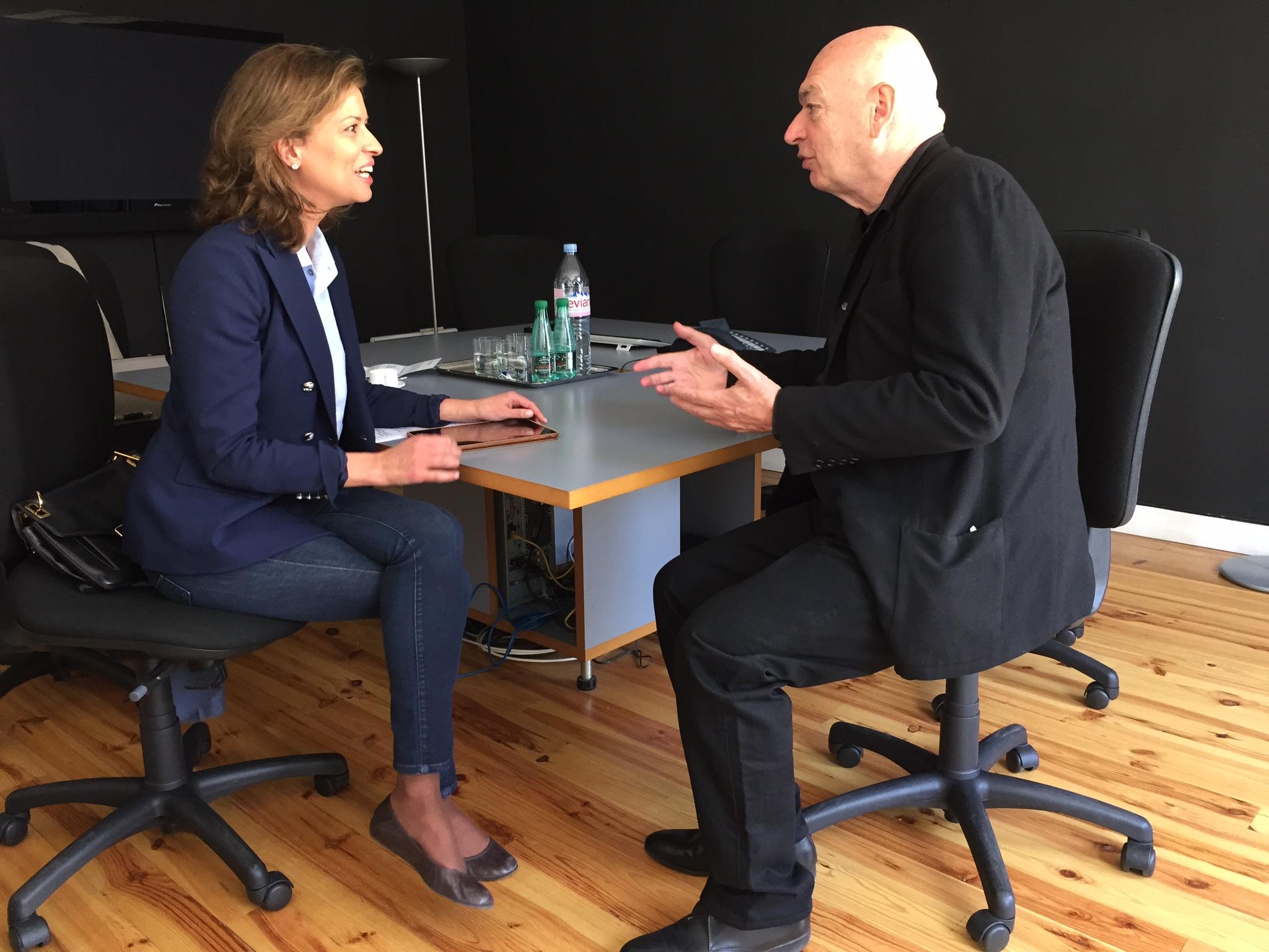Elena Cué entrevista Jean Nouvel