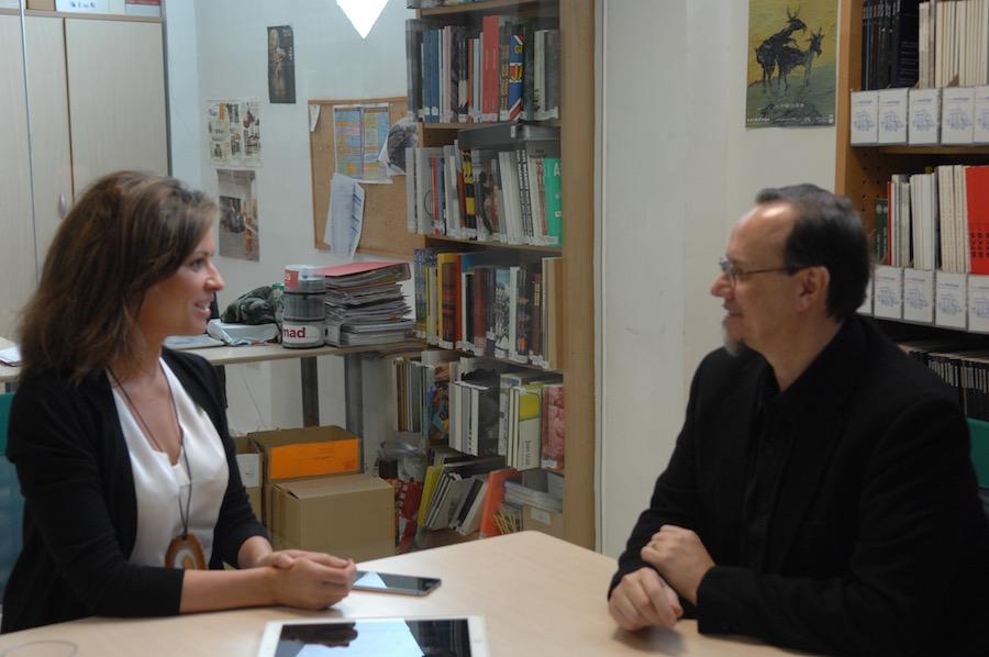 Elena Cue entrevistando a Mark Ryden