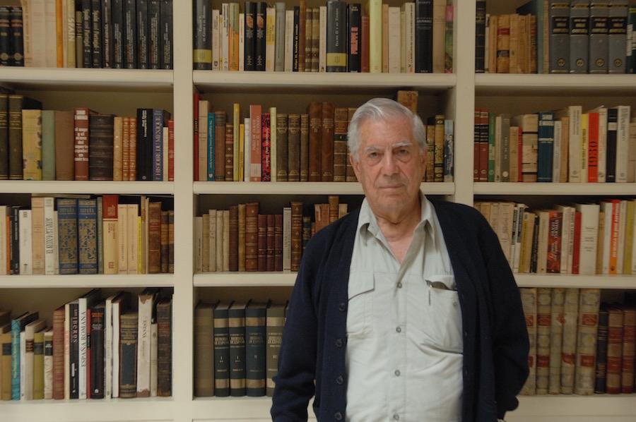 Mario Vargas Llosa foto por Elena Cue