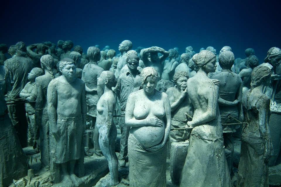 silent evolution 020 jason-decaires-taylor sculpture