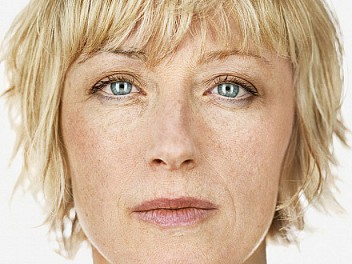 Cindy Sherman: Biography, works, exhibitions