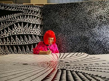 Yayoi Kusama: Biography, Works and Exhibitions