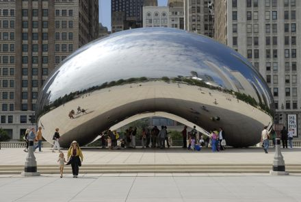Anish Kapoor - cloudgate