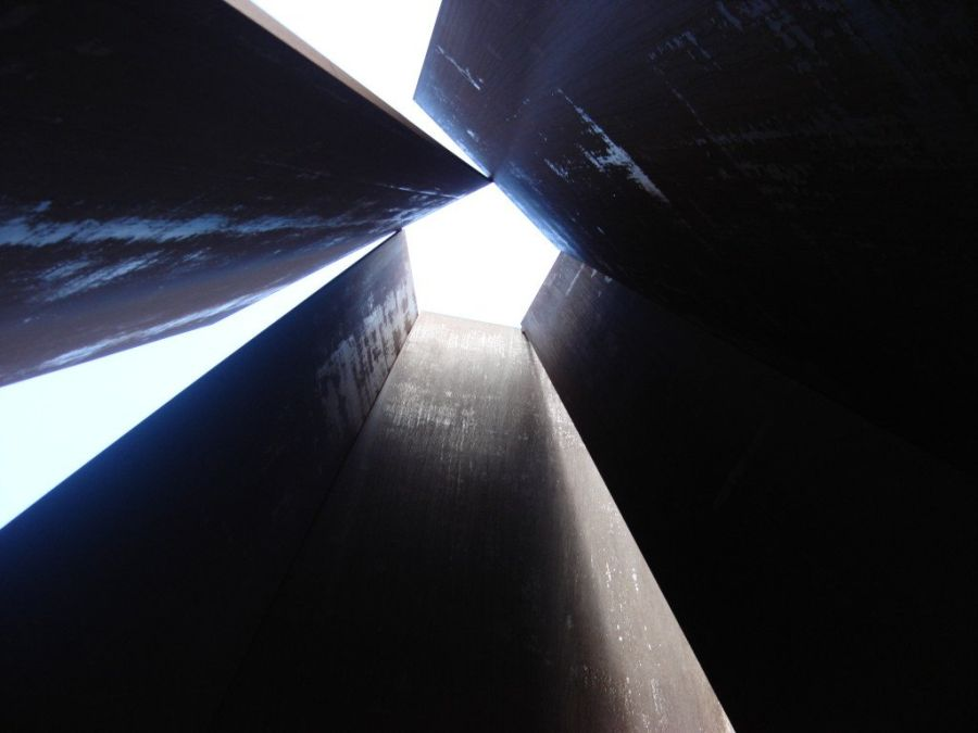 Richard Serra Obras Fulcrum