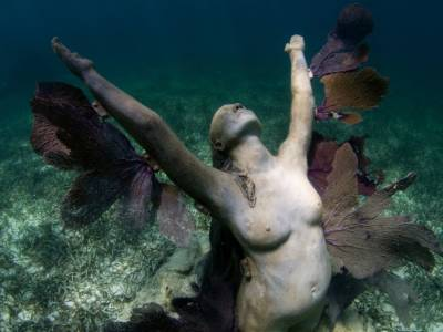 Jason deCaires Taylor and the sublime. Cancun.